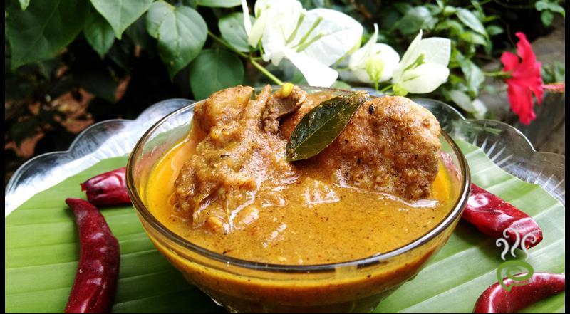 Naadan Kozhi Varutharachathu   Chicken Varutharachathu