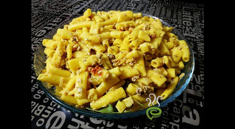Simple Egg Macaroni Peppery Scrambled Macaroni And Egg Recipe Pachakam Com