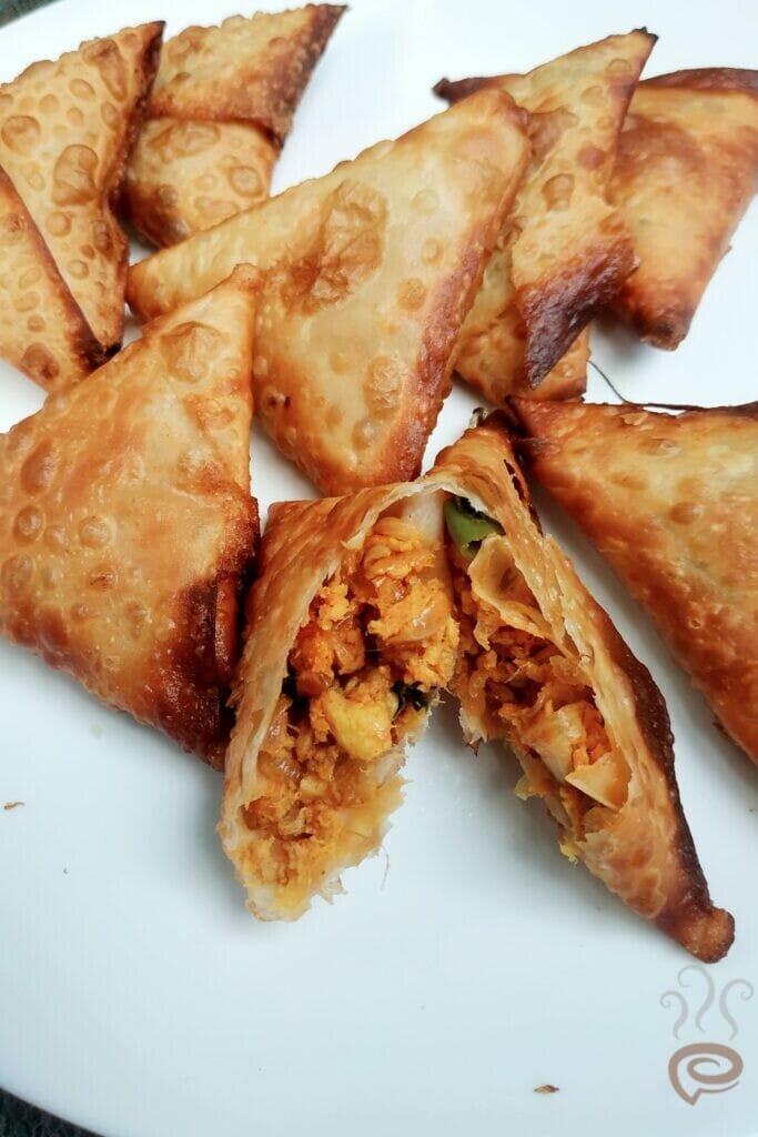 Chicken Paneer Samosa